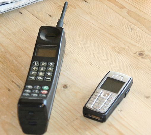 When Was The First Mobile Phone Invented